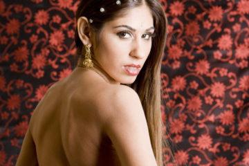 Indian pornstar Sahara Knite