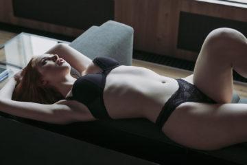 Redhead pornstar Lenina Crowne makes more porn